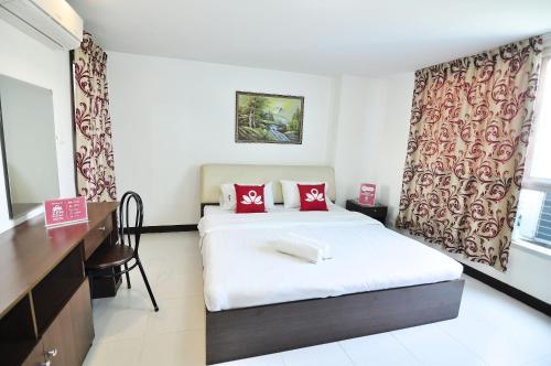 ZEN Rooms Aryan Suites photo 17