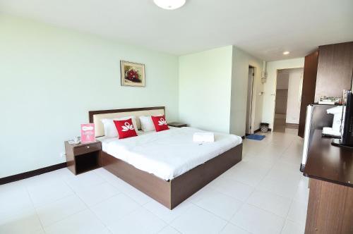 ZEN Rooms Aryan Suites photo 21
