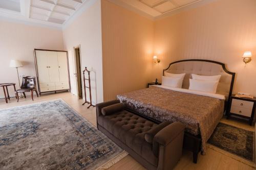 . Vorobyovy Gory Hotel