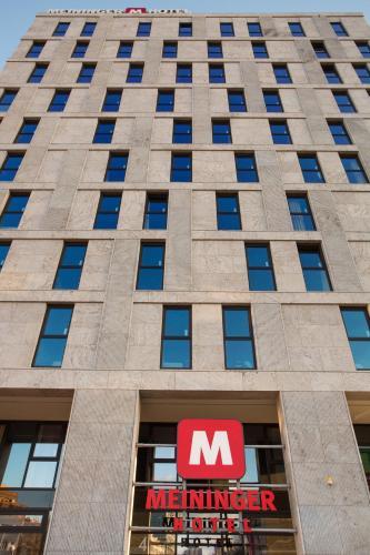 MEININGER Hotel Berlin East Side Gallery photo 32