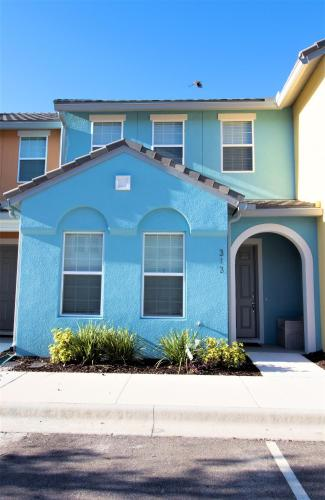 ACO FAMILY - 4 Bd with private pool (1724) - Davenport, FL 33896