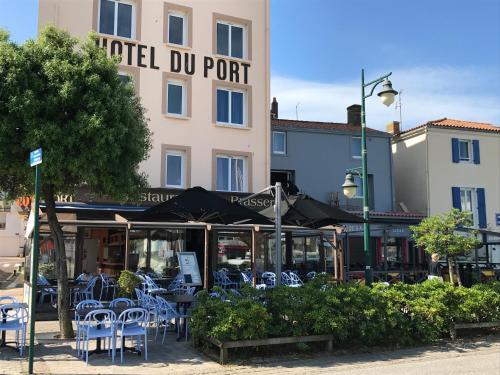 . Hôtel Du Port