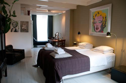 Bed & Breakfast WestViolet photo 6