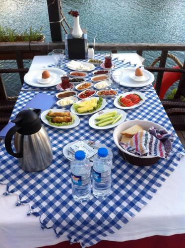 Gumuldur Deniz Kizi Hotel rezervasyon