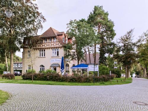 . Hotel Villa Raueneck