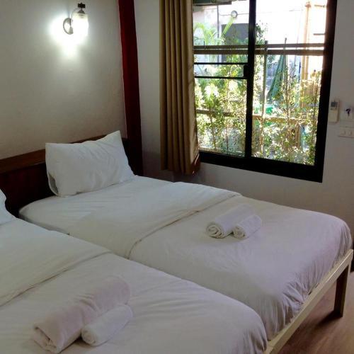 BC Guesthouse Si Phraya photo 34