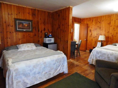 Brookside Motel - Wadena, MN 56482