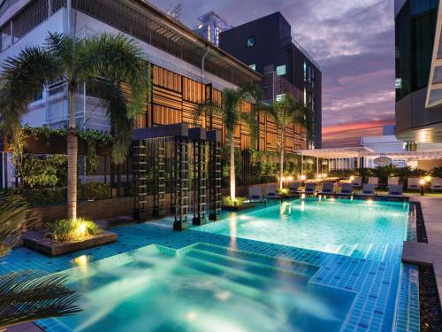 Solitaire Bangkok Sukhumvit 11 impression