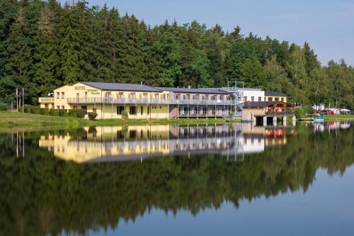 . Hotel&wellness Knižecí rybník