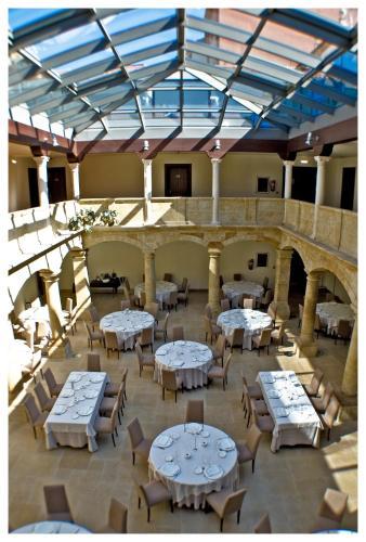 . Hotel Palacio de Merás