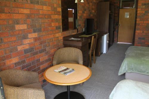 Фото отеля Bonnie Doon Hotel Motel