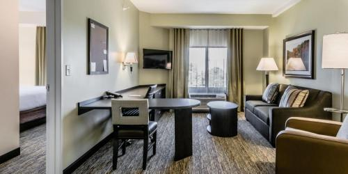 Candlewood Suites Hartford Downtown - Hartford, CT 06120