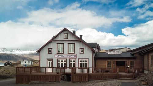 Accommodation in Northwest