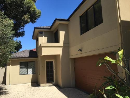 4x3 Townhouse in Rivervale