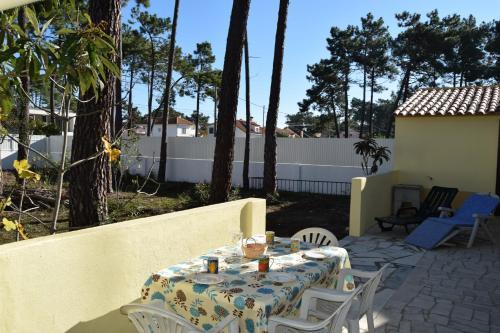 Aroeira Gardens Golf & Beach Villa, Pension in Charneca bei Lagoa de Albufeira
