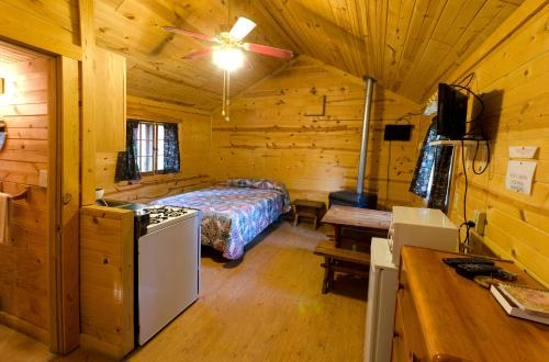 Prospector Cabin - Lead, SD 57754