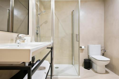 Uma Suites Luxury Midtown photo 14
