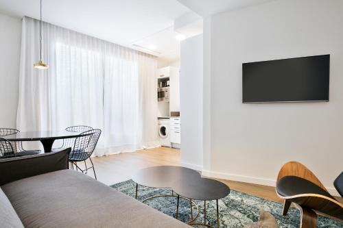 Uma Suites Luxury Midtown photo 17