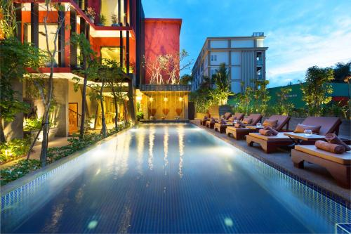 Top Hotel Deals Near Pub Street Siem Reap Golden Temple Villa