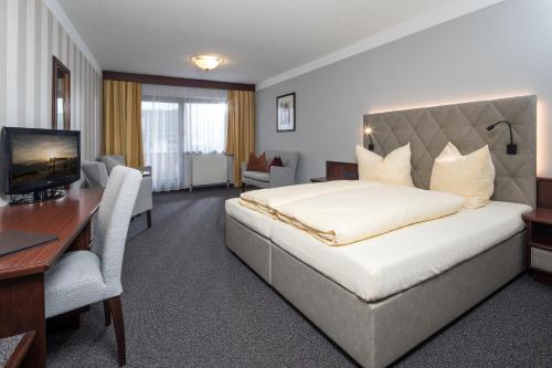 Hotel Sonnenuhr - Kramsach