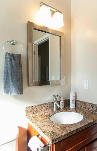 301#2 -+ Clean & Cozy 1br/1br Business And Travel Ready - Palo Alto, CA 94306