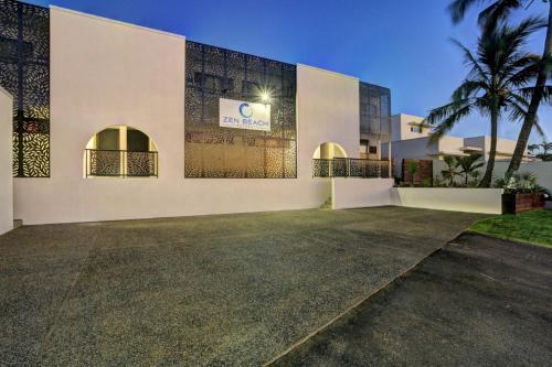 54 Miller St, Bargara, QLD 4670, Australia.