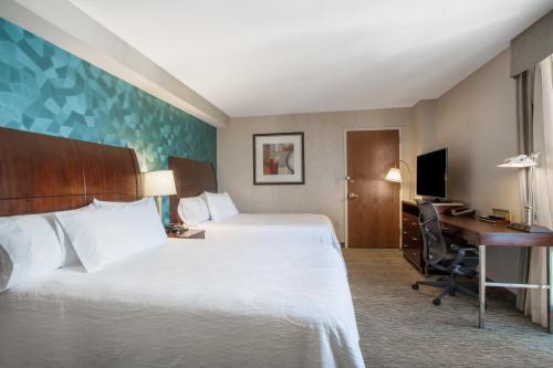 Hilton Garden Inn West 35th Street Двухместный номер с 2 двуспальными кроватями - Вид на Эмпайр-стейт-билдинг