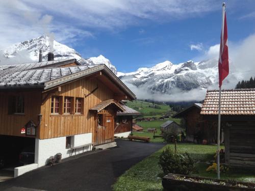 Bauernhotel Gässlihof Gstaad