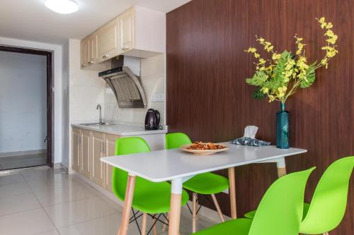 Little Happiness Boutique Apartment Hotel photo 20