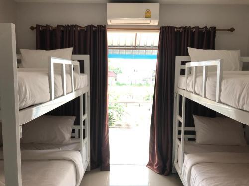 Sawasdee Hostel Khaolak Sawasdee Hostel Khaolak