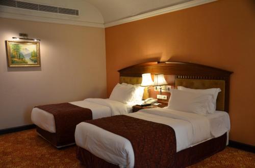 Basra International Hotel room photos