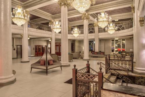 . DoubleTree by Hilton Hotel Utica