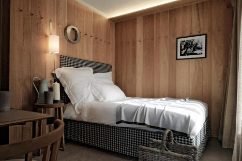Double Room with French Bed