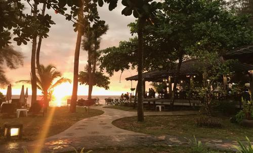 Lah Own Khaolak Resort Lah Own Khaolak Resort