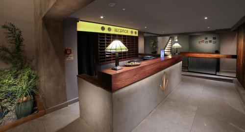 . Diana Hotel