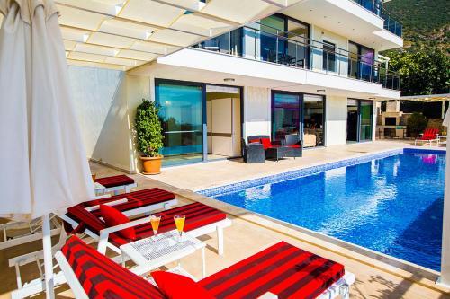 Kalkan Villa Gizem price