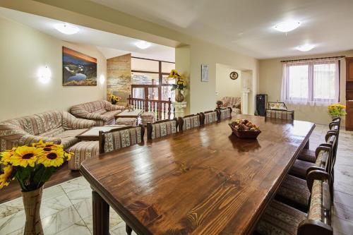 . Guest House Mira