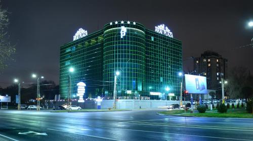 . Hotel Arai Plaza