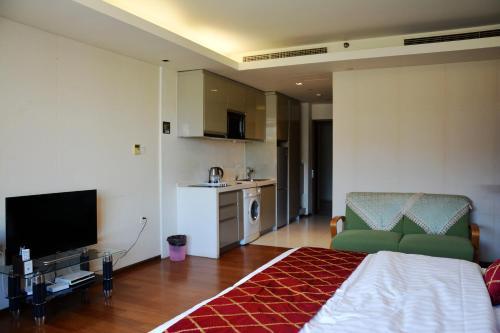 . Tianjin Jinta City Impression Apartment