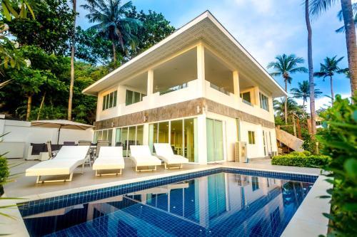 Exclusive Beachfront Villa Exclusive Beachfront Villa