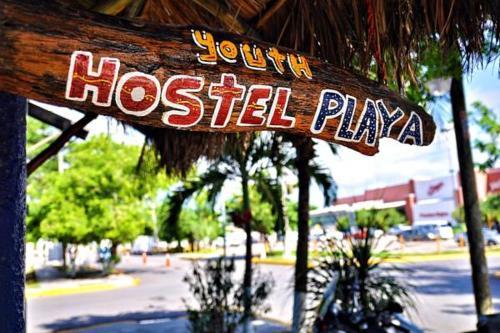 Hostel Playa By The Spot