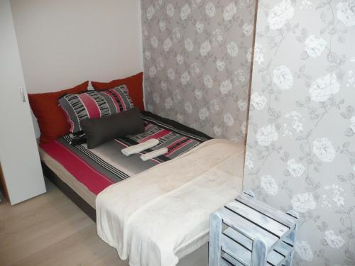 Laky9 Apartman salas fotos