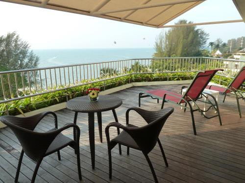 Premier Double Suite with Sea View