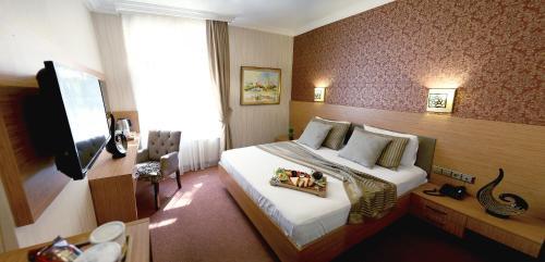 Istanbul The Rise Aron Business Hotel Merter tek gece fiyat
