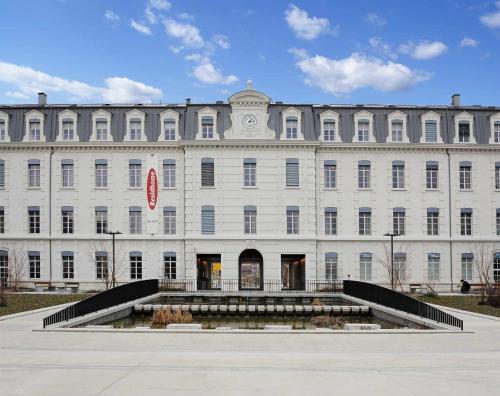 Residhome Grenoble Caserne De Bonne - Accommodation - Grenoble