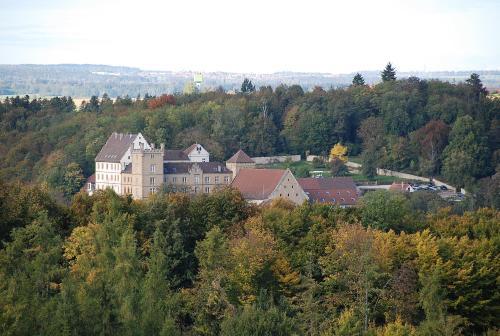 Kasteel-overnachting met je hond in Schloss Weitenburg - Starzach
