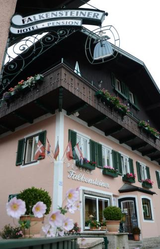 . Hotel-Pension Falkensteiner