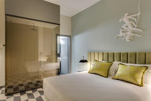 Otivm Hotel - image 10