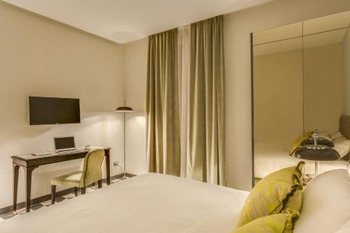 Otivm Hotel - image 8