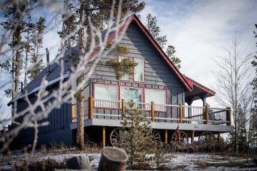 . Two-Bedroom Cabin in Frisco